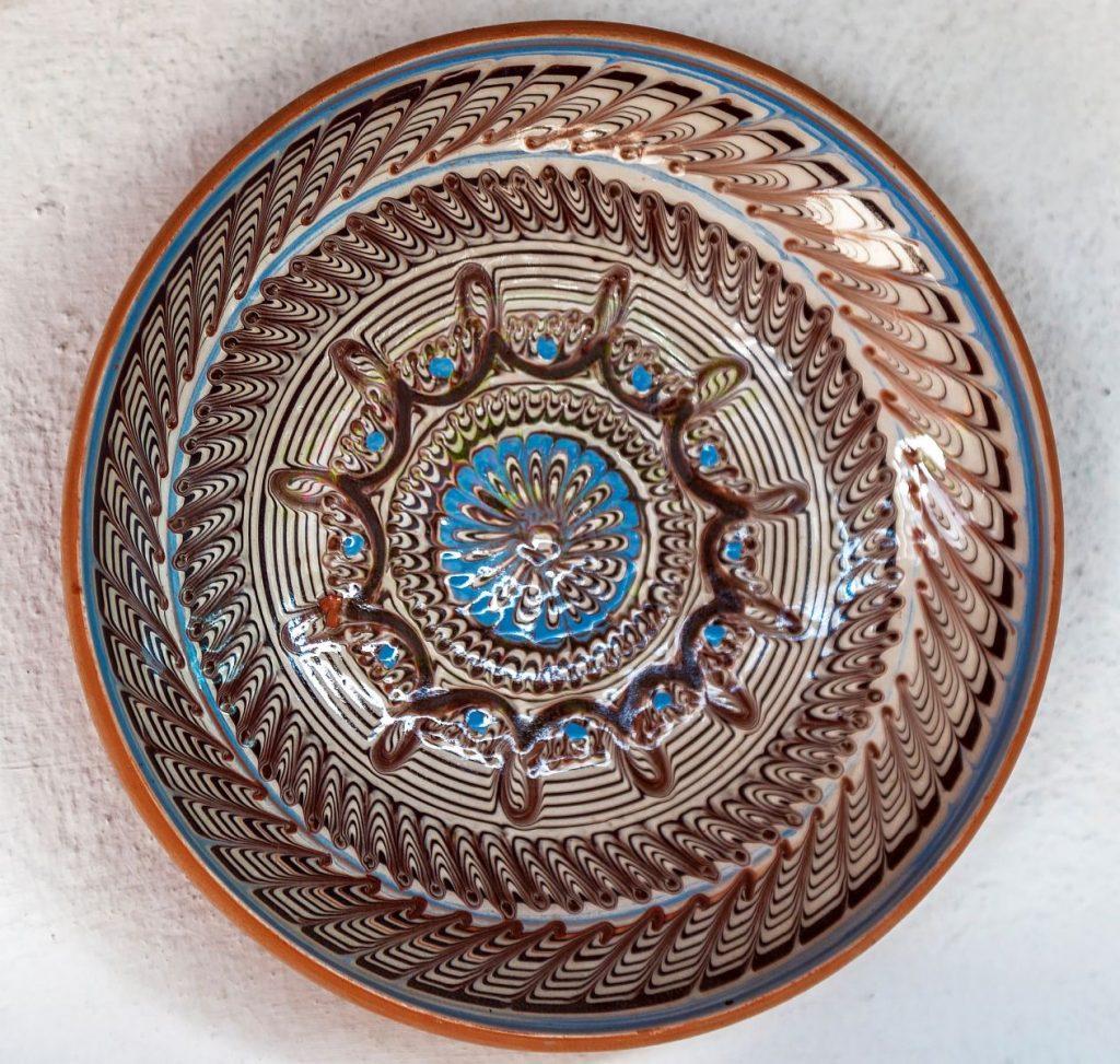 linii pe ceramica de Horezu